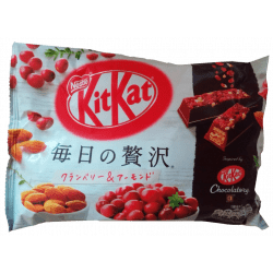 Kit Kat Amandes Cranberries
